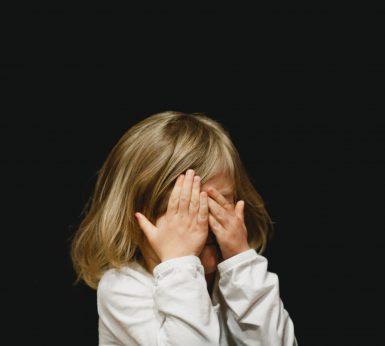 MIOPIA INFANTIL: COM CONTROLAR-LA